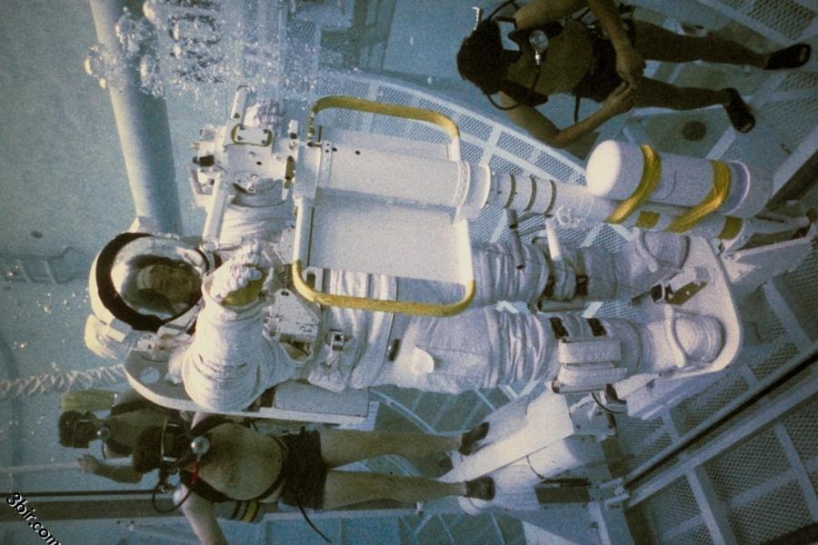 صور رائعه من الفضاء الخارجي صور محطات فضاء صور رواد فضاء