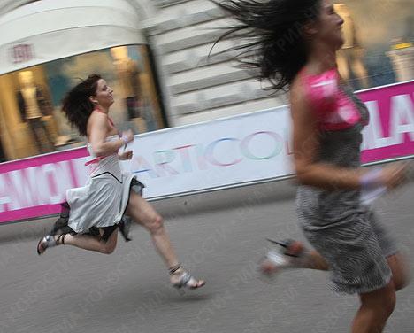 مسابقة الركض بالكعب العالي - صور غريبة