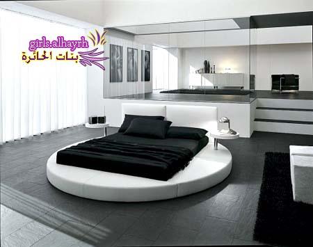 سرير غرف النوم الدائري والكلاسي - صور غريبة