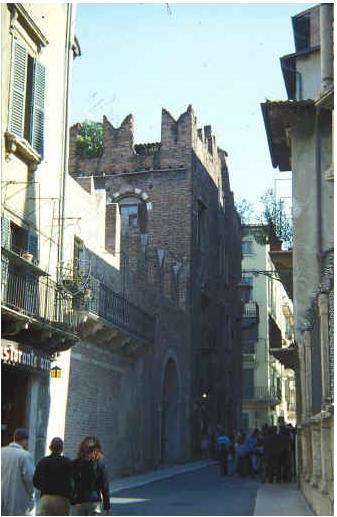 قصر روميو وجولييت 93029.jpg