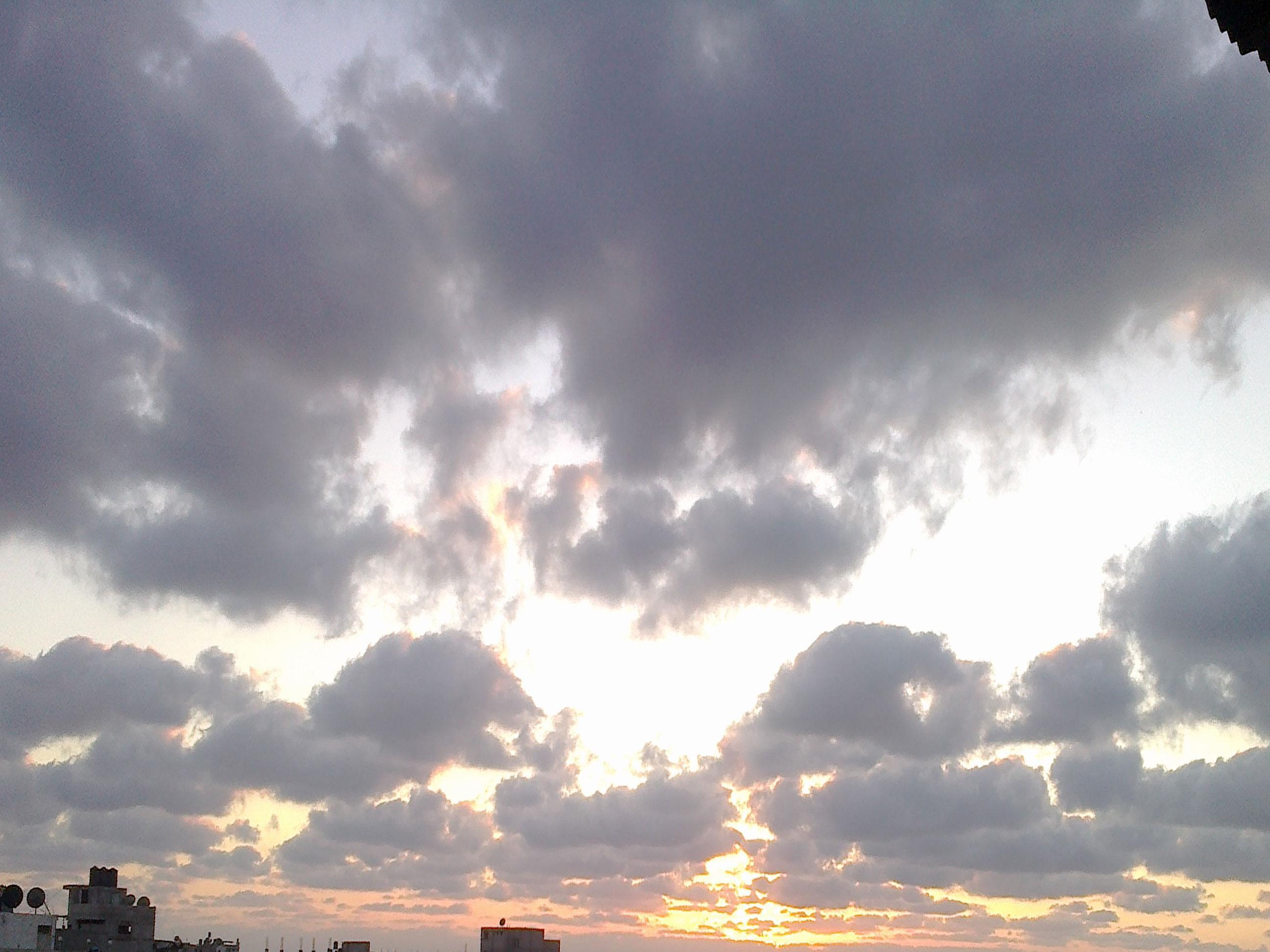 غيوم غزة...<<<عنوان غبي .^_^ - صور طبيعة