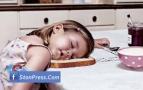 صور مضحكة اطفال نايمين 1
