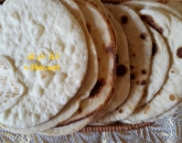 خبز - صور نسائية